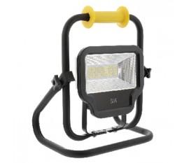 Projecteur LED mobile 50W et 4000lumens de classeII