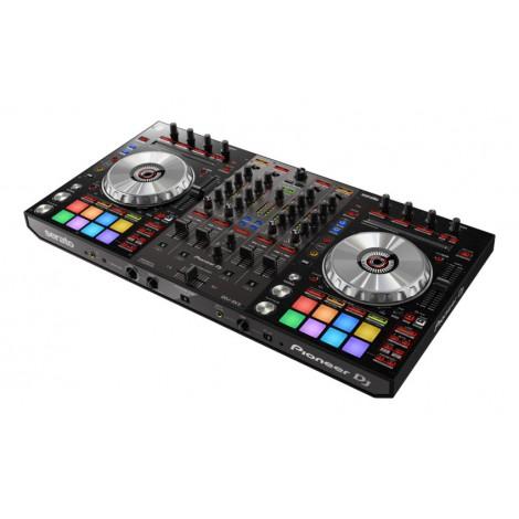 Boostez votre créativité avec le contrôleur DJ 4 voies DDJ-SX3 pour Serato DJ Pro.