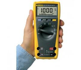 Multimètre numérique FLUKE 175 TRMS AC 6 000 chiffres 1000 VAC 1000 VDC 10 ADC
